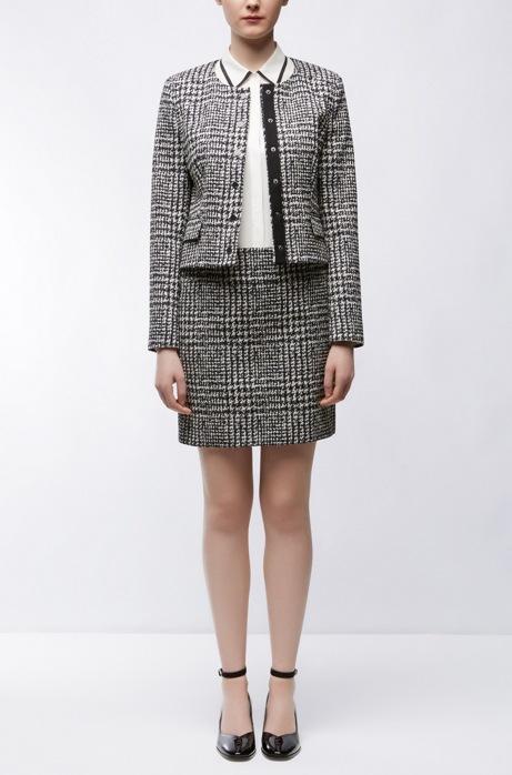 Ashanti Suit